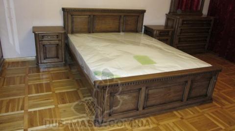 Спальня з косяками